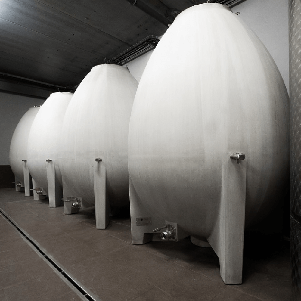 Wine ageing in egg-shaped concrete tanks